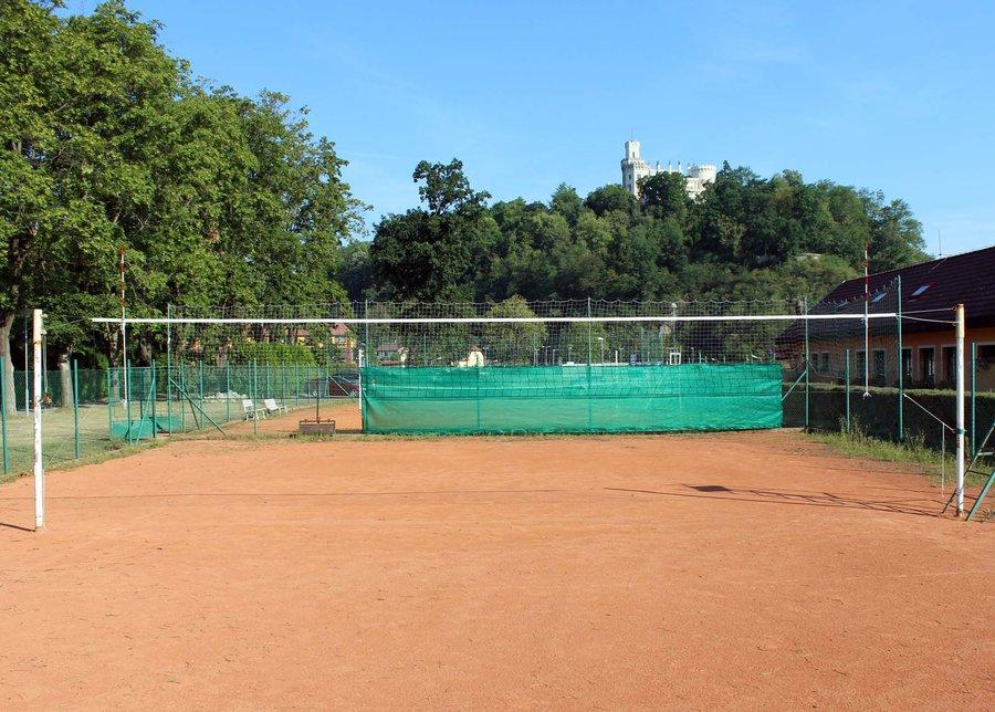 Černá volejbalová síť se šňůrkou Pokorný sítě