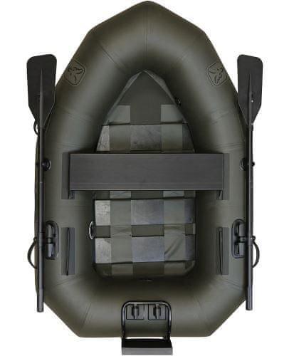 Zelený rybářský člun Fox